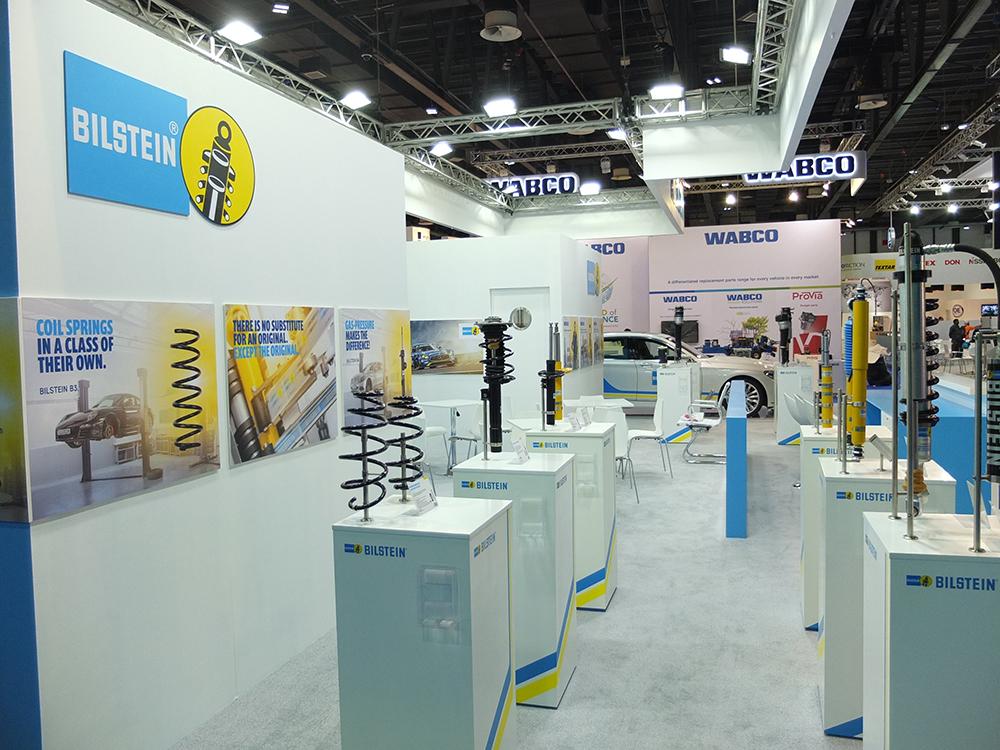 Stossdämpfer der Firma Bilstein auf dem Messestand Automechanika Dubai